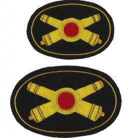 Handgesticktes Offiziershutabzeichen gekreuzte Kanonen