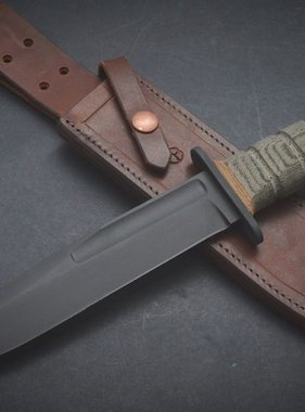 Claude Bouchonville Knives  USMC RH-37 reloaded