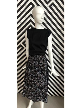 Voyar La Rue Sophia flower skirt black flower