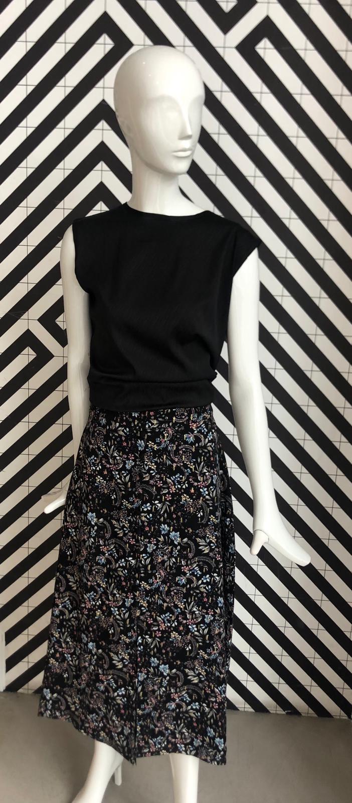 Voyar La Rue Sophia flower skirt black flower