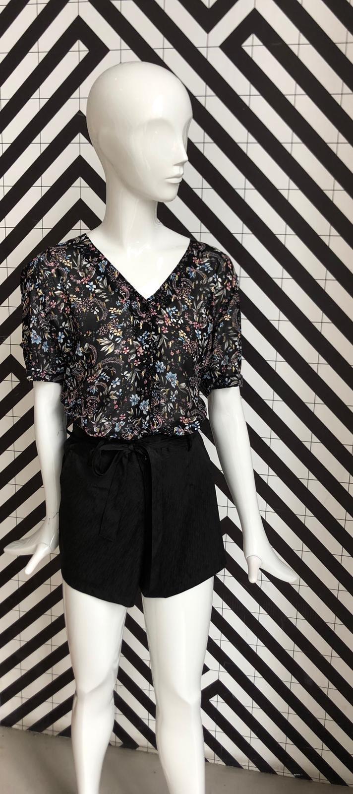 Voyar La Rue Brianna flower blouse black flower