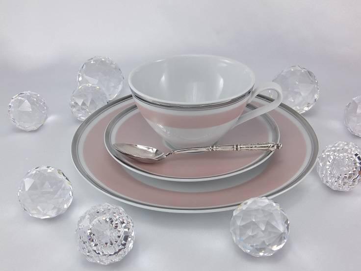 Marie - Chantal - delikates Porzellan  in Rosée mit Platinrand