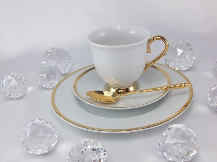 Marie - Julie porcelain line with gold applications
