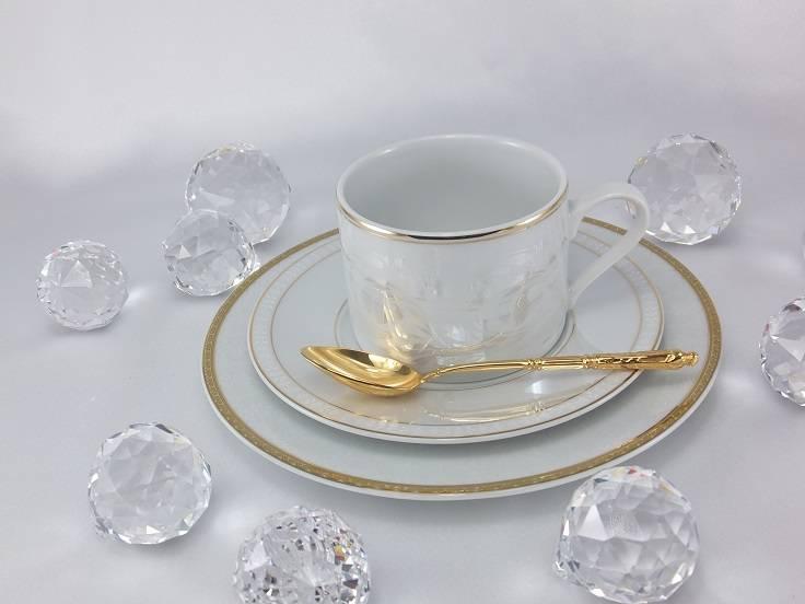 Marie - Joelle - einzigartige Porzellanlinie mit Lüsterglanz und Goldrand.
