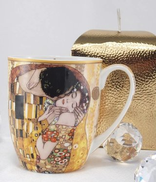 DELUXE by MJS Gustav Klimt - The Kiss Coffee Mug - Camio