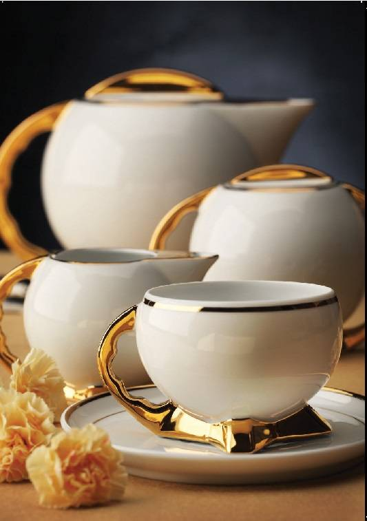 Coffee service and tea service for an exclusive ambience