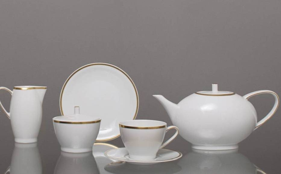 CRISTOFF -1831 Marie - Blanche white with gold rim - coffee service for 6 persons - 15 parts