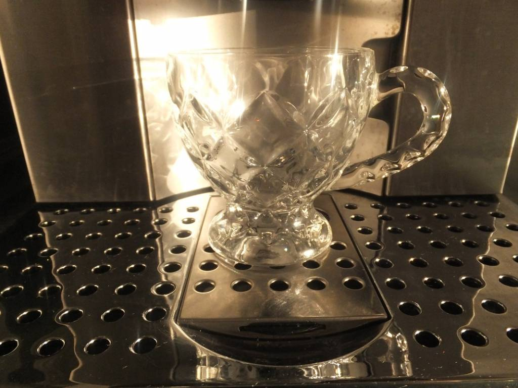 IRENA -  1924  Cappuccino cups large with 3 different decors