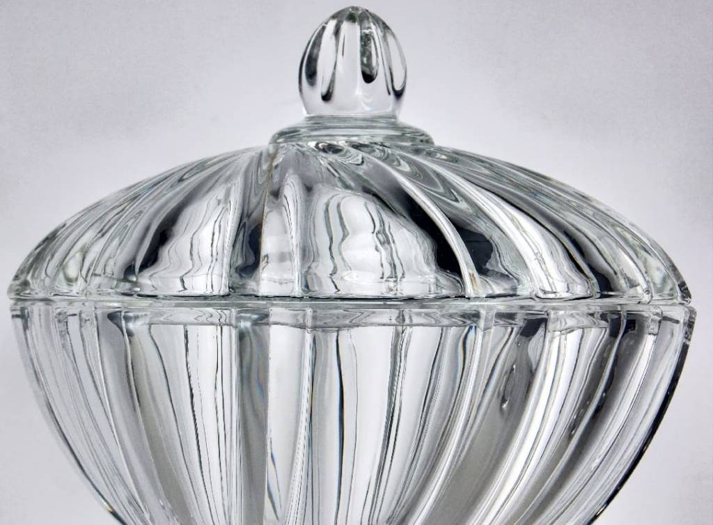 IRENA -  1924  Large glass Bonbonniere with relief pattern