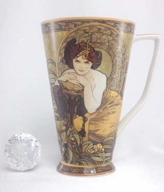 CARMANI - 1990 Alfons Mucha - Emerald - XXL Coffee Cup