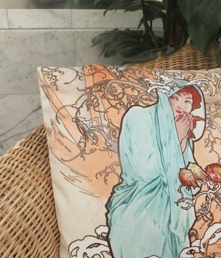 CARMANI - 1990 Alfons Mucha - Winter Pillow