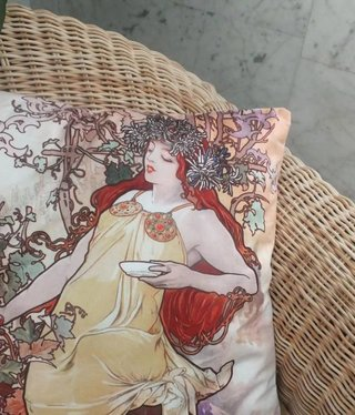 CARMANI - 1990 Alfons Mucha - Autumn - Pillow