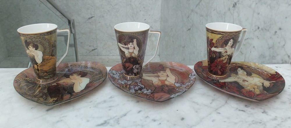 Alfons Mucha - Elegant coffee cups in gift boxes. For stylish ambience and elegant corporate gifts.