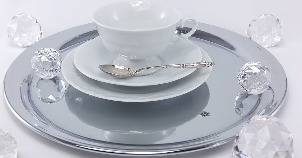 Marie - Claire - white porcelain collection with white ornament and many accessories.