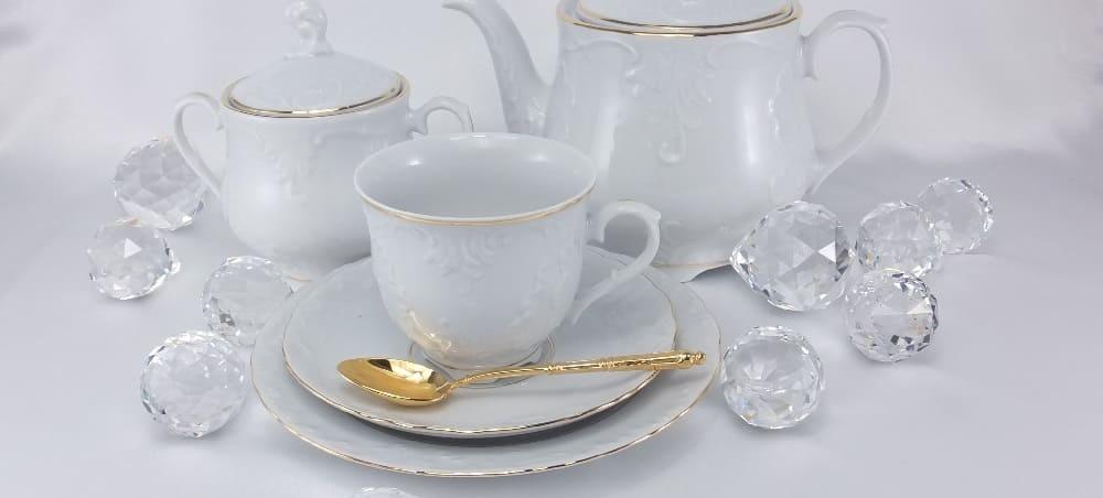 Marie Luise - elegantes Porzellan mit Goldrand   für Ihr Büro oder als Business Geschenke. Goldrand - spülmaschinenfest.