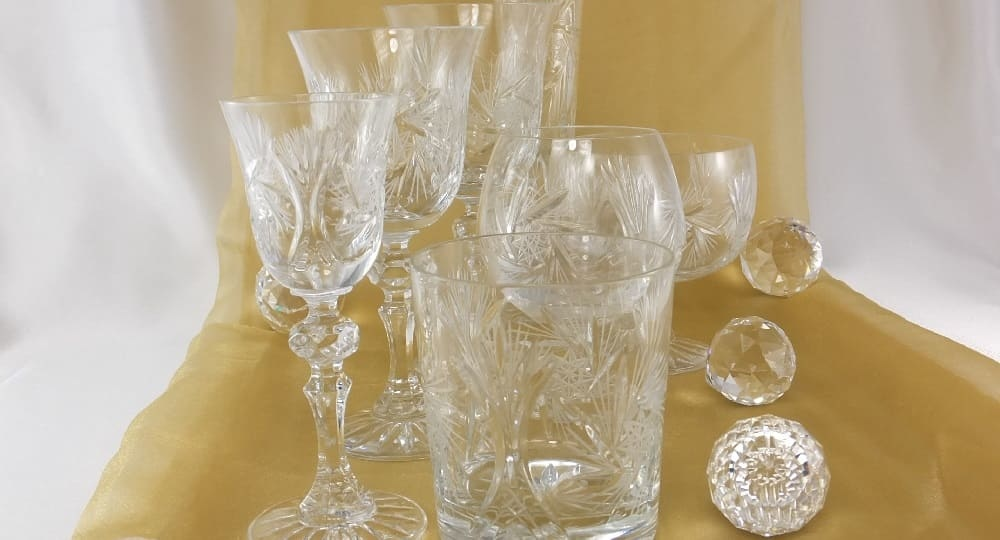 Carat - crystal glasses with hand-cut ornaments