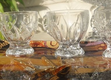 Bistros & Cafes - Glass Cups & Tablets
