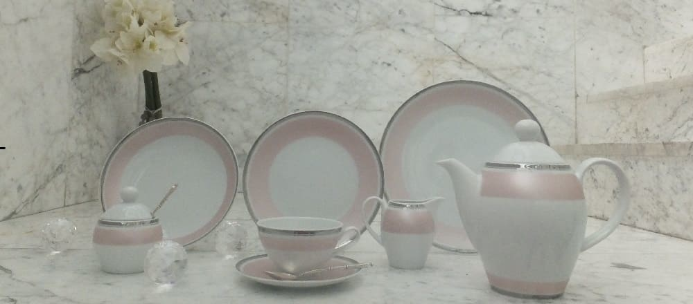 Marie - Chantal - delicate porcelain in rose with platinum rim