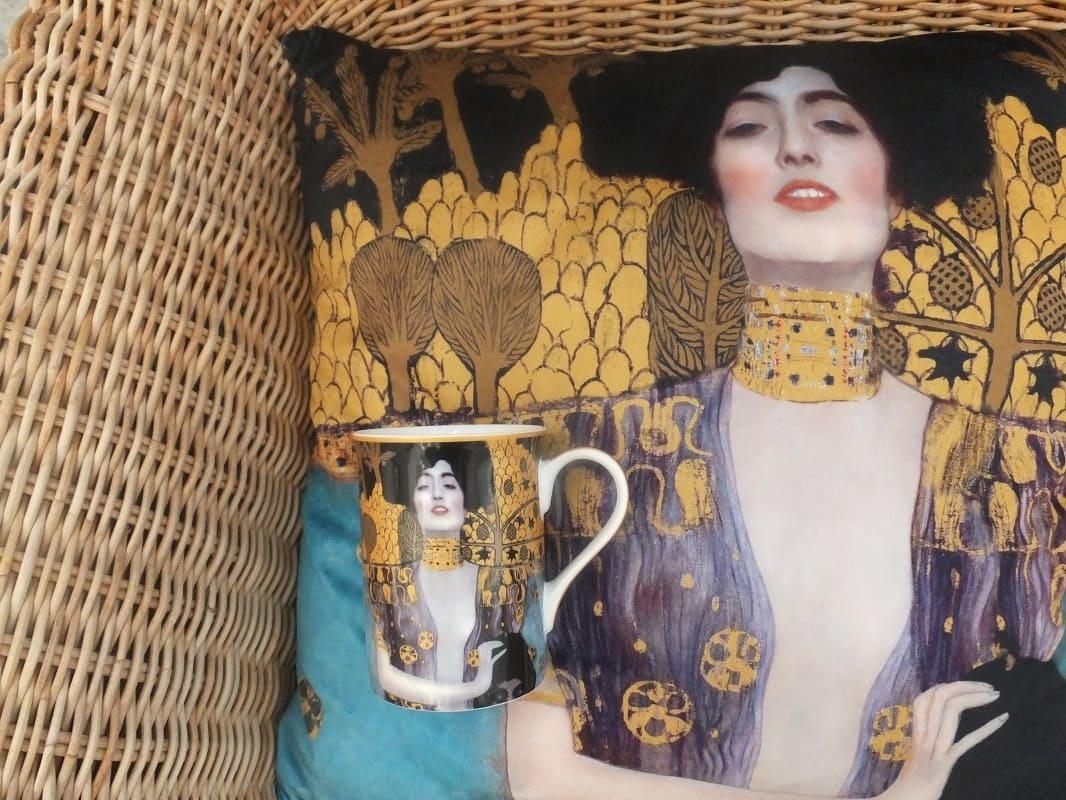 CARMANI - 1990 Gustav Klimt - Judith - Cushion 45 x 45 cm