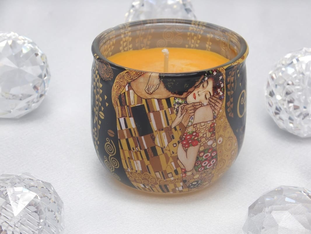 CARMANI - 1990 Gustav Klimt - Der Kuss - Duftkerze Lust  in Geschenkbox