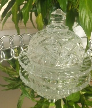 Julia - 1842  Crystal glass butter dish