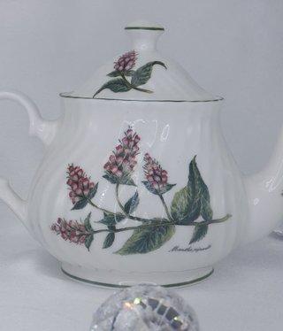 CARMANI - 1990 Grand Mumm - Teapot - David Mitchell