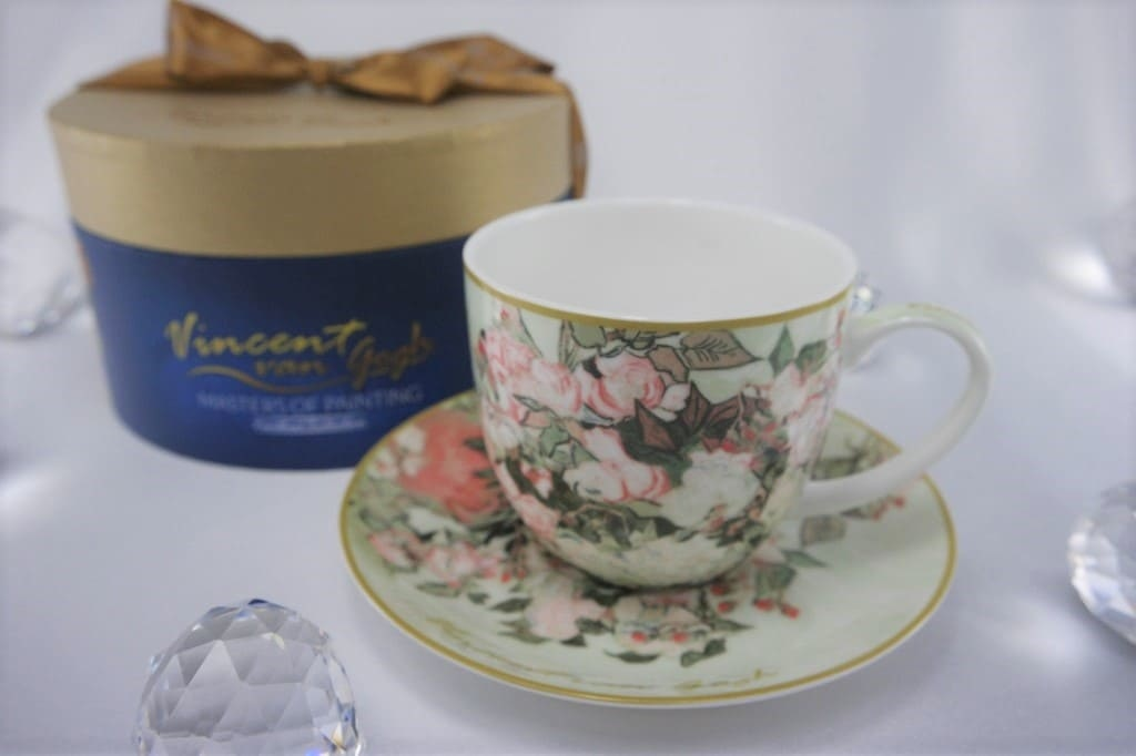 CARMANI - 1990 Vincent van Gogh - Vase of roses - Coffee cup with saucer & gift box