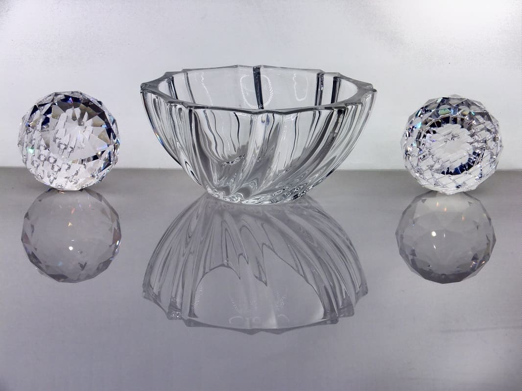 IRENA -  1924  Elegante Glasschalen aus Cristallinglas in  4 Größen