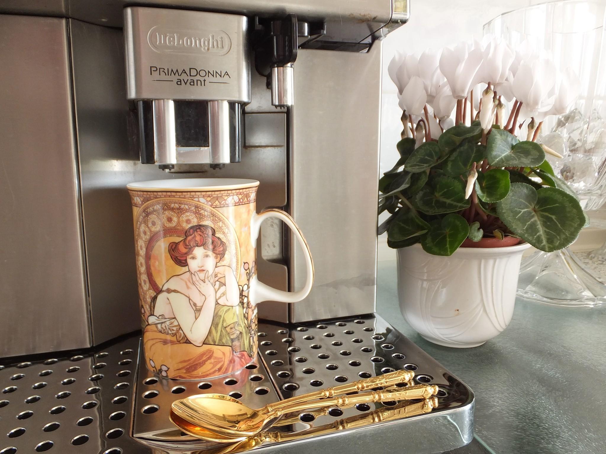 CARMANI - 1990 Alfons Mucha - The Precious Stones - Topaz - Coffee Cup