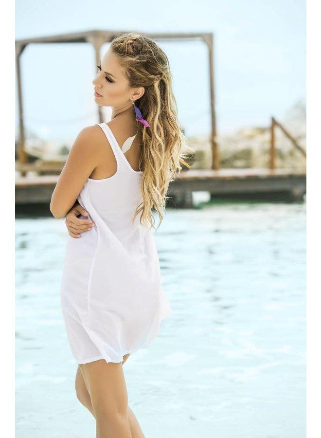 Wit gebloemd strandjurkje