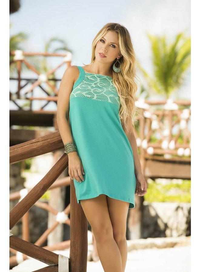 Turquoise jurkje met bewerkte hals