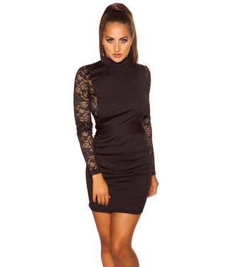 Zwart jurkje met kant en open rug