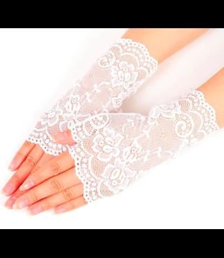 Witte kanten handschoentjes