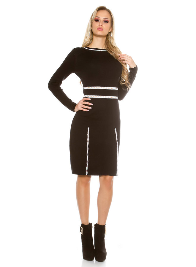 Zwarte elegante trui-jurk