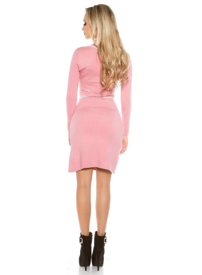 Oudroze elegante trui-jurk