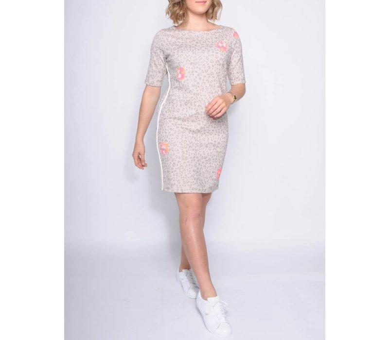dress INONI zand