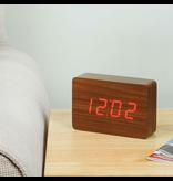 Click Clock Brick walnoot met rode led