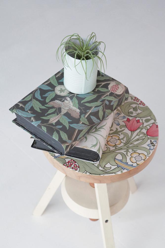 MT casa washi fleece William Morris Scroll and flower