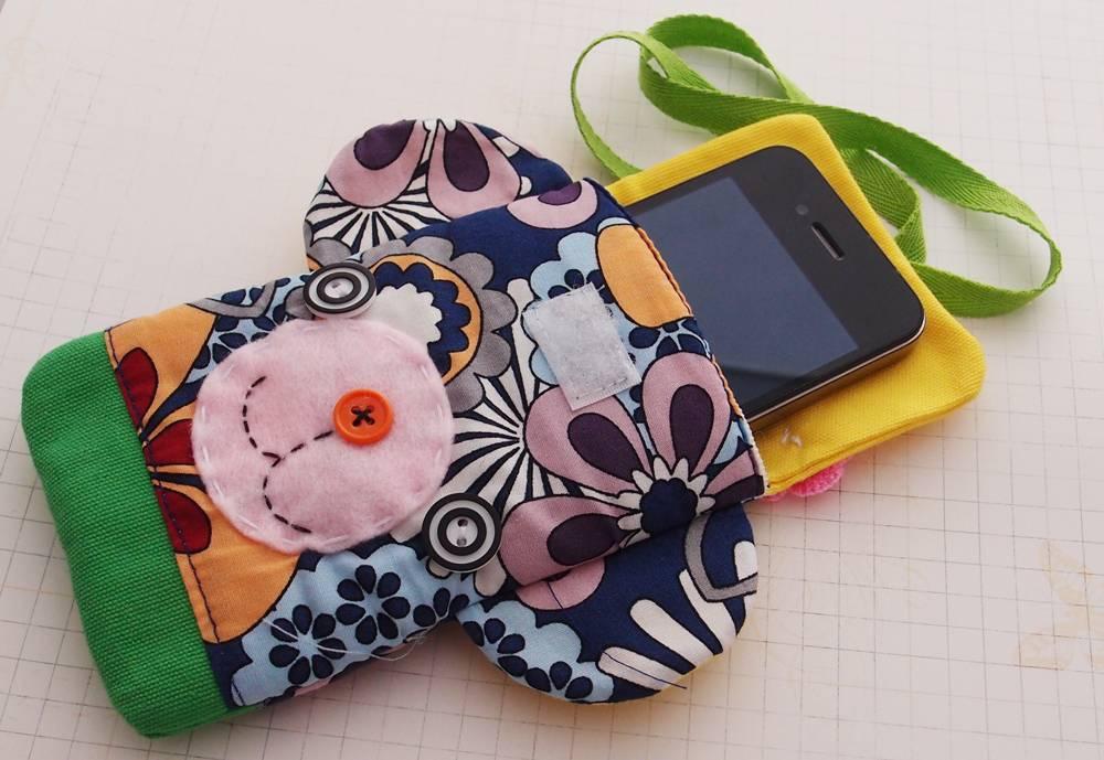 Phone sleeve kids 01