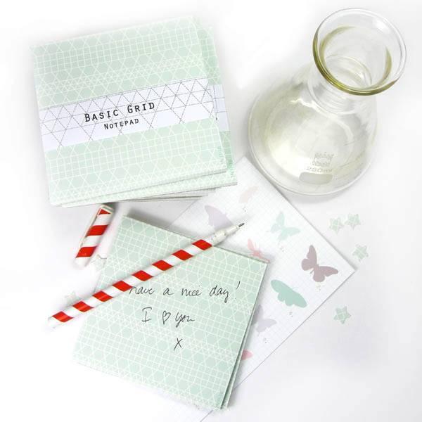 Notepad grid green