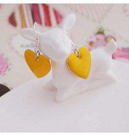Zilte atelier Oorbellen hartjes geel