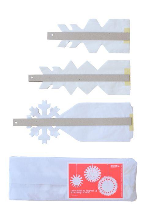 Set papieren sneeuwsterren
