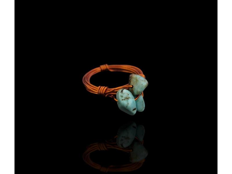 COPPER RING WITH 3 STONES
