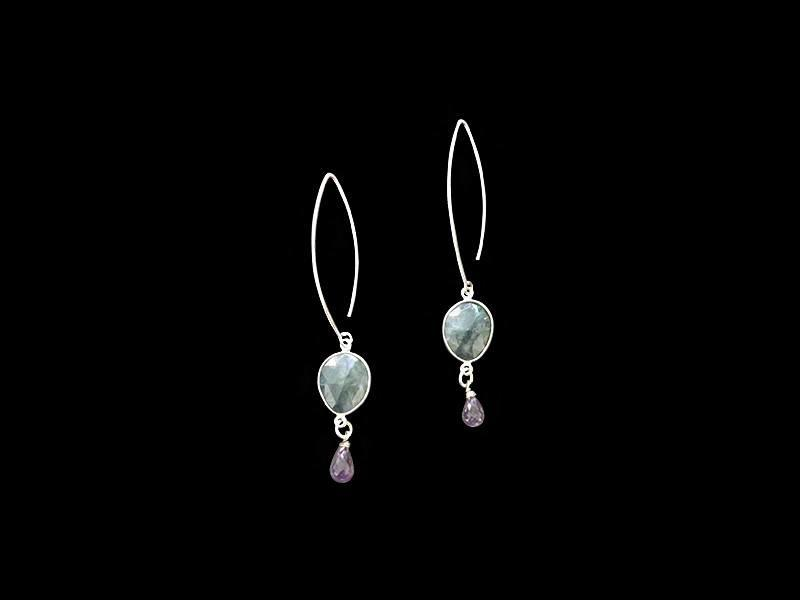 OVAL HOOK EARRINGS WITH GEMSTONE, SILVER BORDER AND CUT SONE