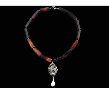 STONE NECKLACE WITH STONES AND GEOMETRIC MOTIF