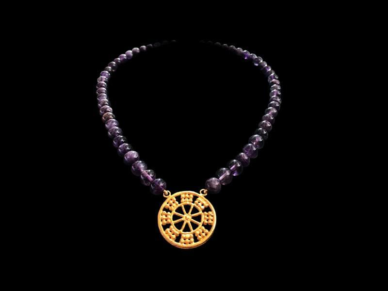 ASSYRIAN GEMSTONE NECKLACE