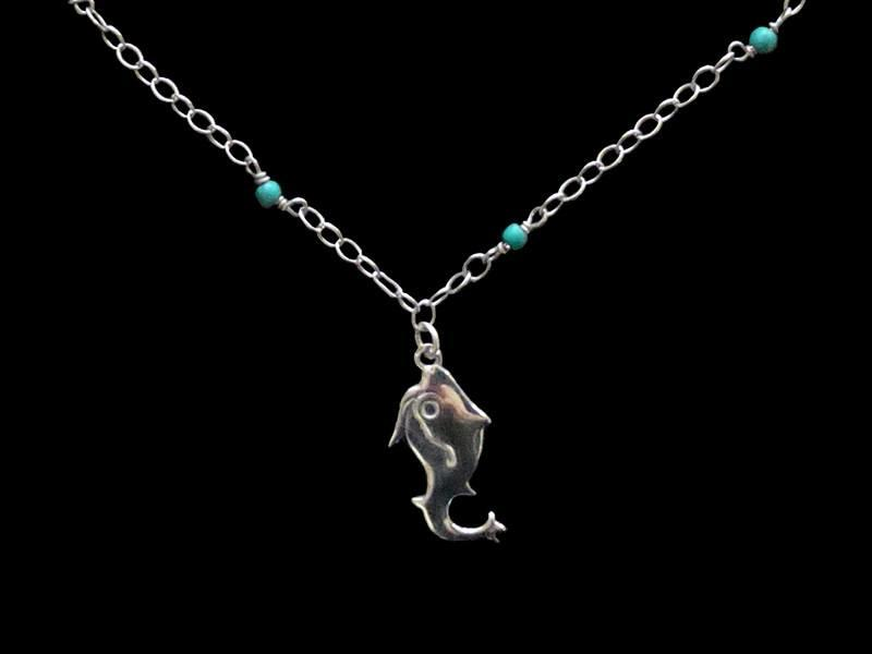 CHAIN NECKLACE WITH TURQUOISE AND JERASH FISH