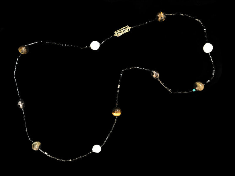 ONYX NECKLACE WITH TIGER EYE, YOUSOR AND LA GHALIBA MOTIF