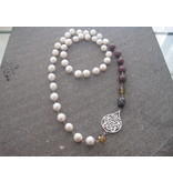 LONG ABSTRACT NECKLACE WITH LARGE PEARLS, LARGE ARABESQUE AND GEMSTONES