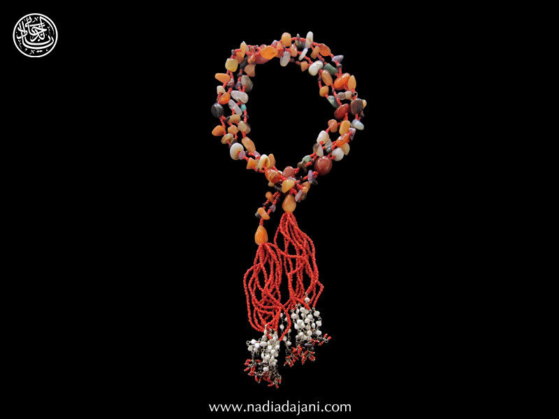 AGATE TIE NECKLACE WITH TASSEL & PEARLS